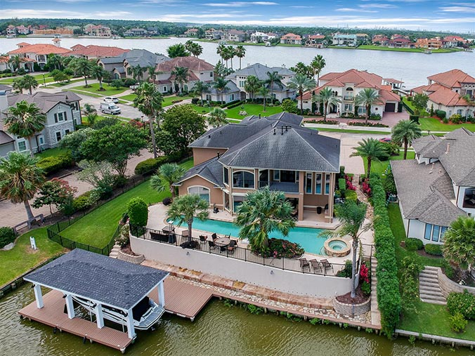 aerial photography for Porter, TX waterfront property